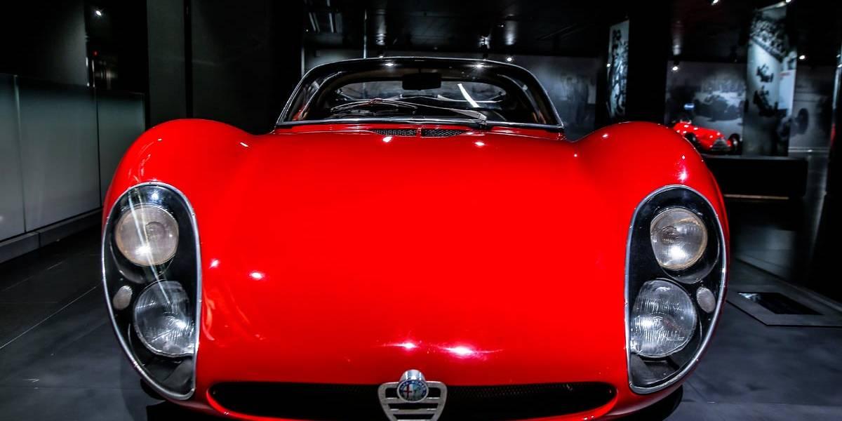 El Alfa Romeo 33 Stradale celebra su 50 cumpleaños