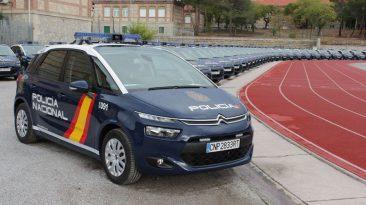 Dotación coches Policía Nacional