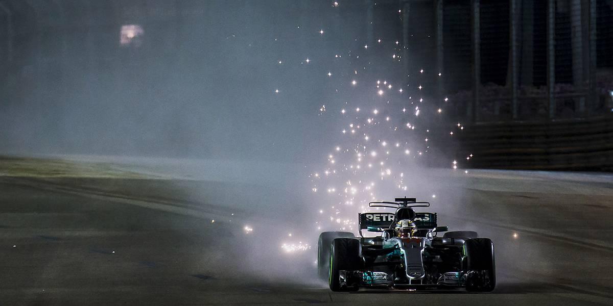 Hamilton da un paso gigante hacia el mundial en una carrera para recordar de Sainz