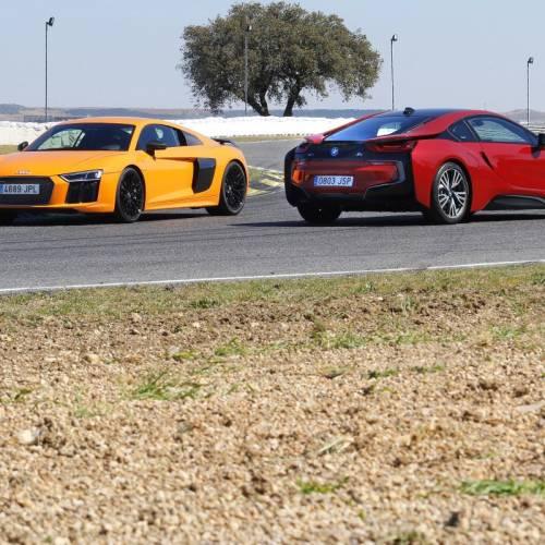 Audi R8 V10 Plus o BMW i8: comparativa