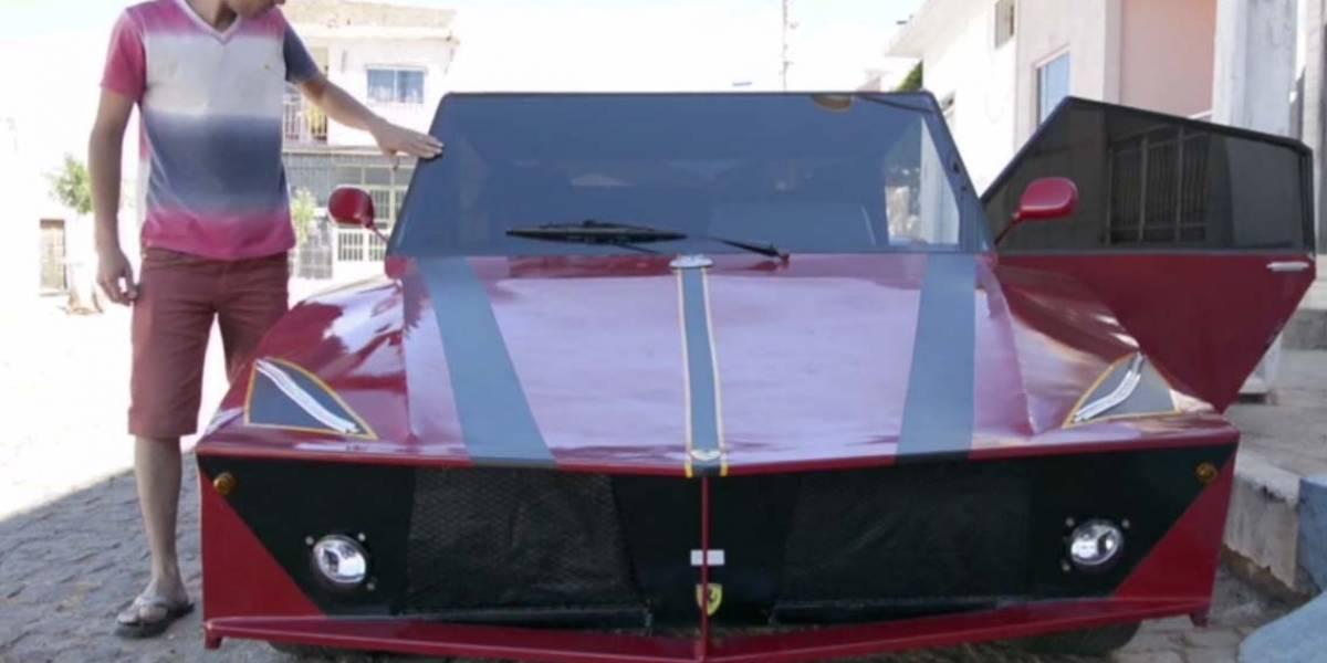 Un Ferrari hecho de chatarra: lo ha 'perpetrado' un brasileño