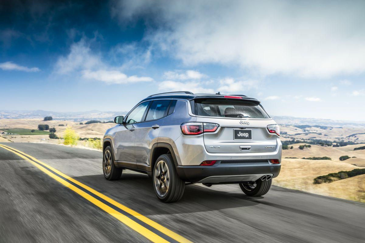 Jeep Compass 2017 trasera