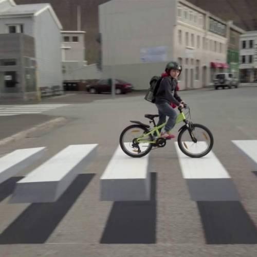 Pasos de peatones en 3D, la nueva forma de evitar los excesos de velocidad