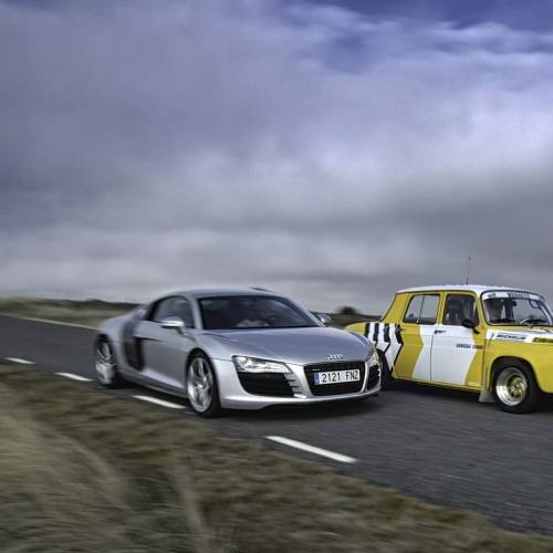 Renault 8 TS contra Audi R8: comparativa imposible