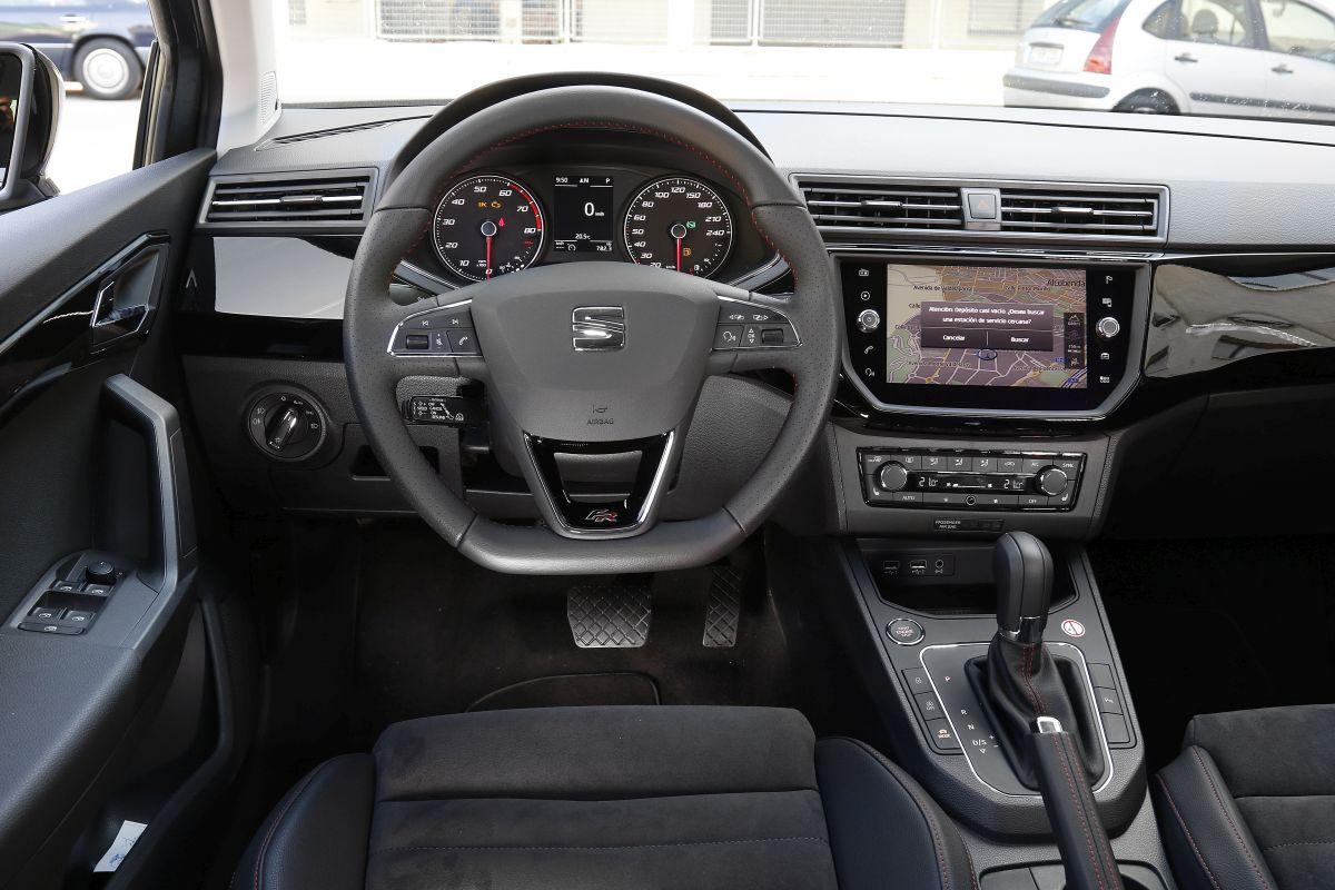 SEAT Ibiza 1.0 TSI 115 CV DSG 7 salpicadero