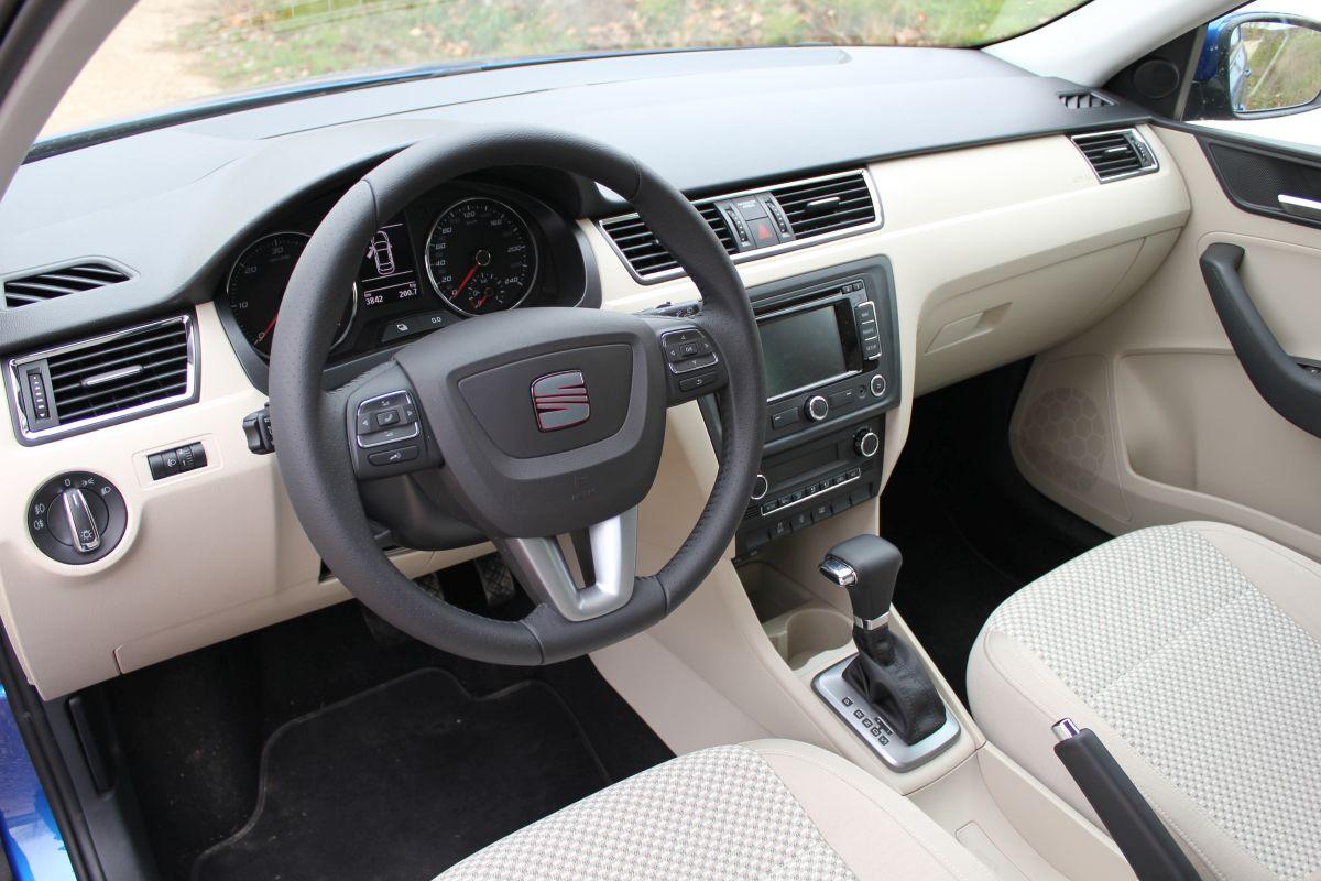 SEAT Toledo IV salpicadero