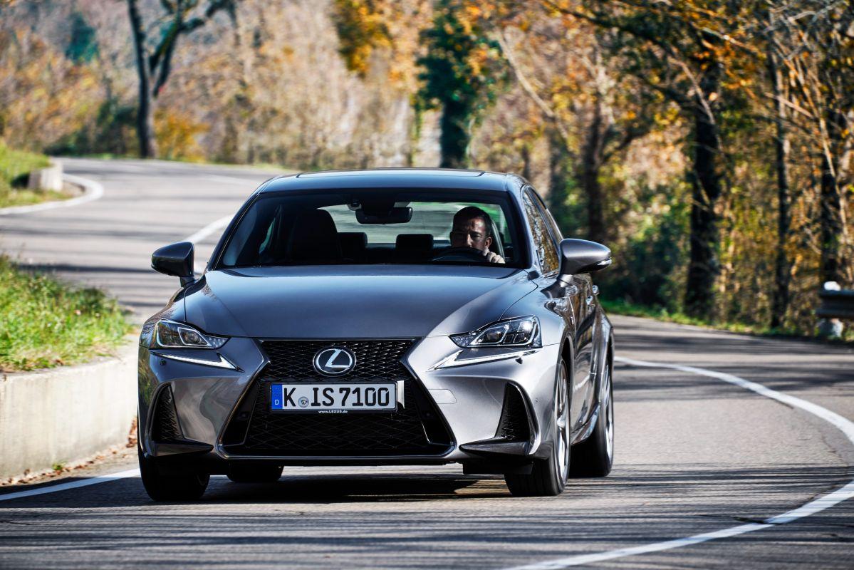 Lexus IS (tercera generación)
