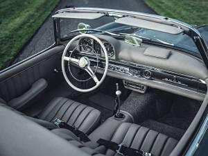 1. Mercedes SL 300 Roadster