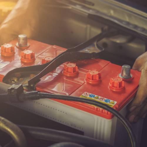 Cómo elegir la mejor batería para tu coche