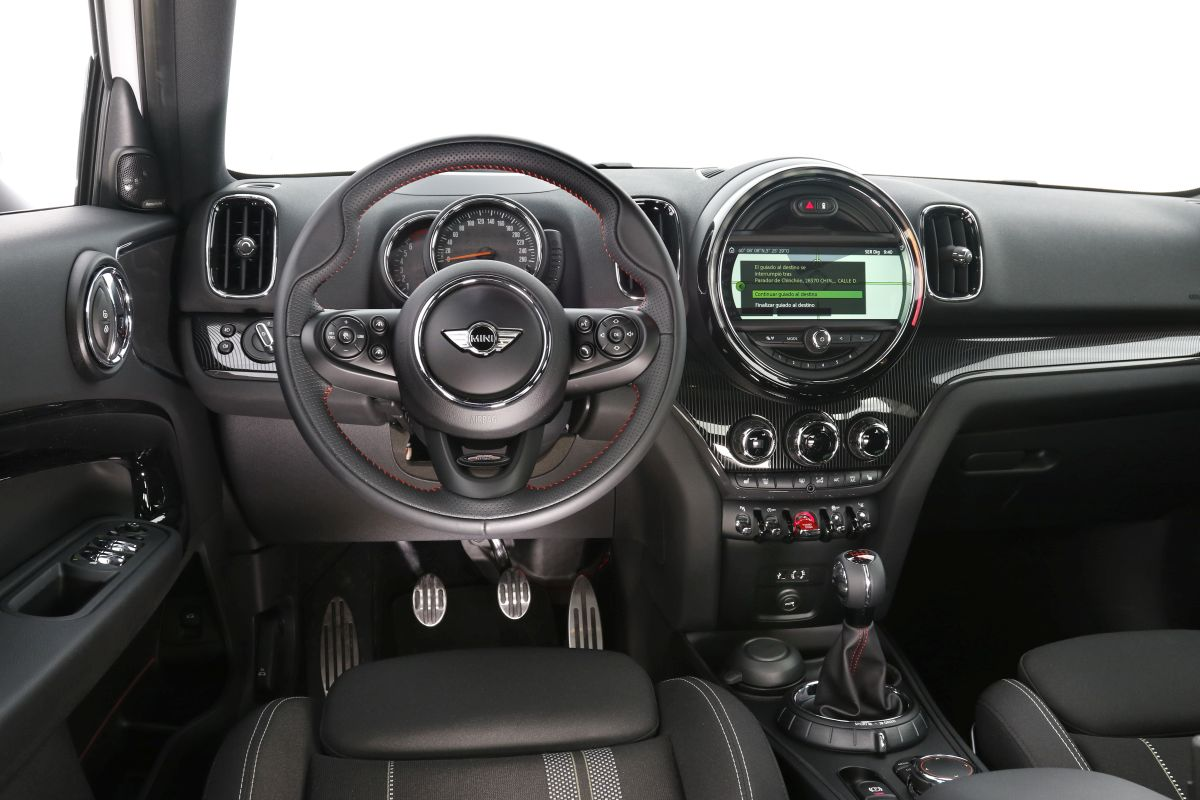 Mini Cooper Countryman. Interior