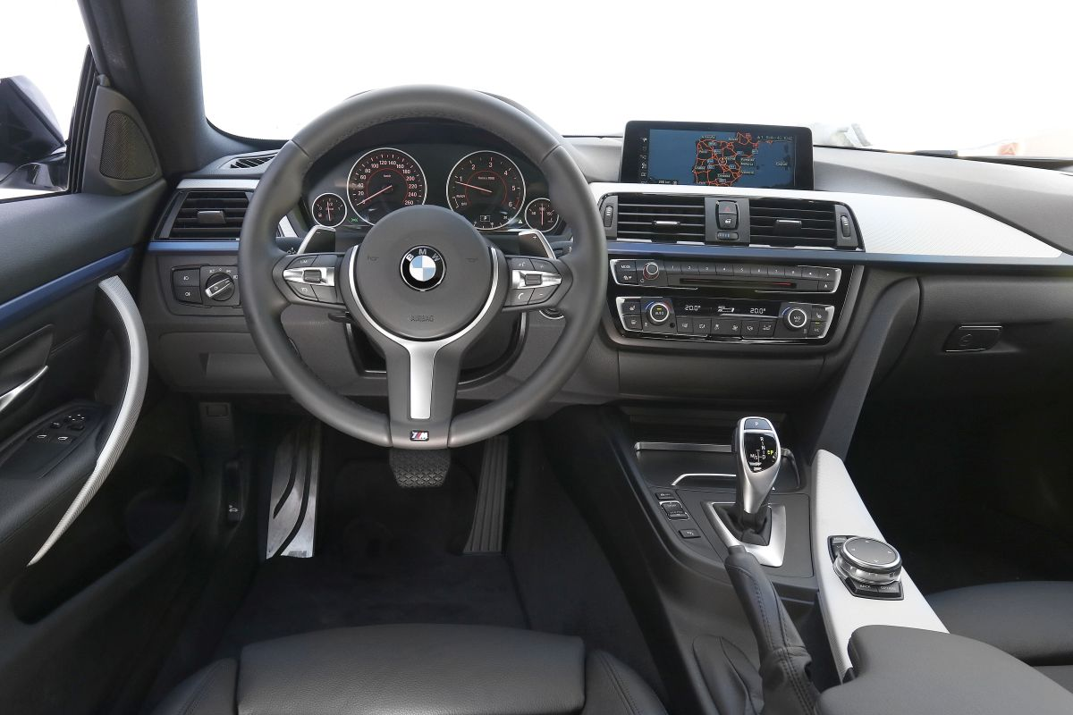 BMW 420d Coupé. Salpicadero