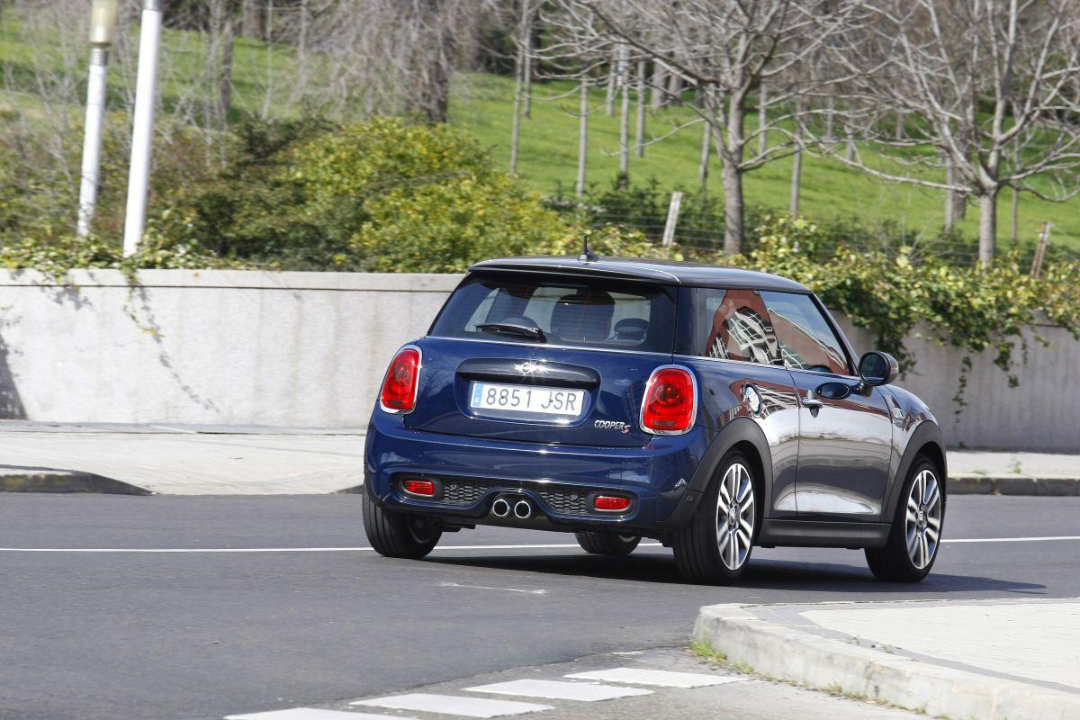 Siete coches 'normalitos' que mola conducir. MINI
