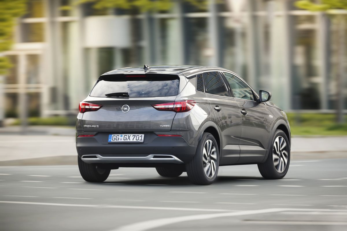 Opel Grandland X 2017 trasera