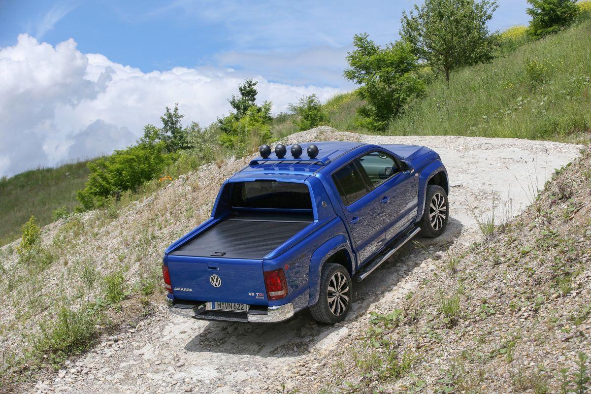 Volkswagen Amarok 2017 subiendo rampa
