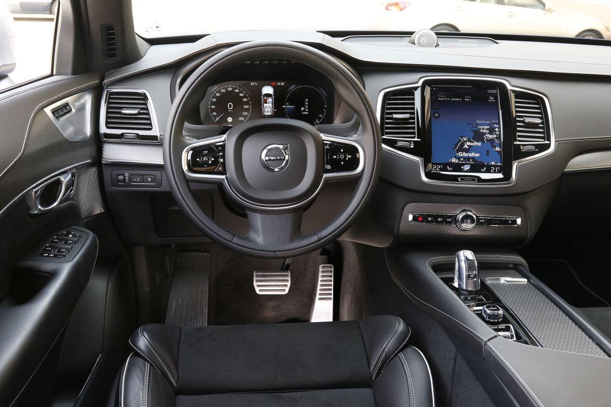 Volvo XC90 2017. Salpicadero