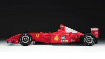 Ferrari F2001 Schumacher lateral