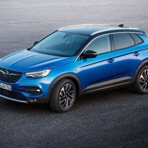 Opel se convierte en la primera marca de coches en España que permite pedidos a través de Amazon