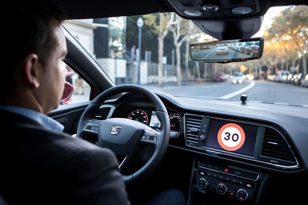 Éste es el SEAT León más seguro de la historia (fotos)