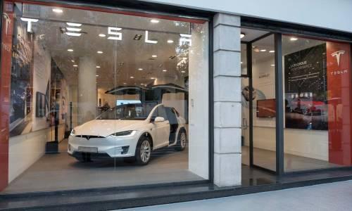 Tesla abre tienda en Madrid