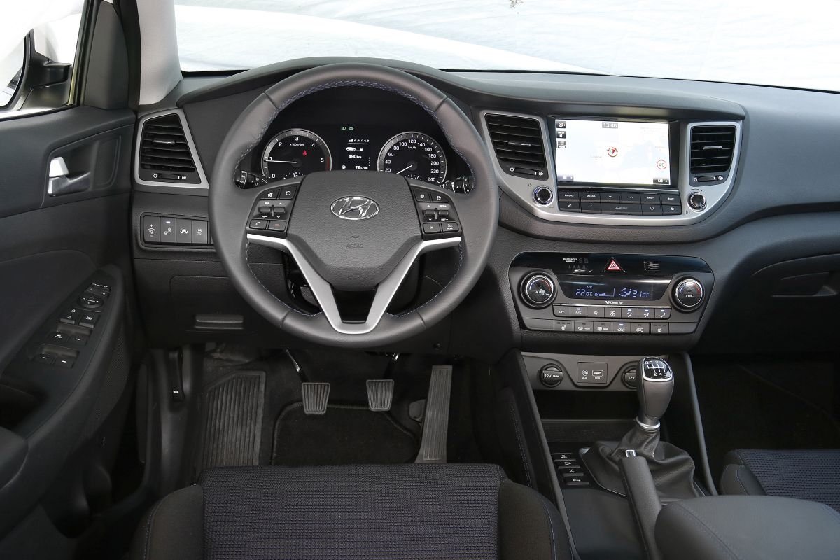 Hyundai Tucson 2.0 CRDI 136 CV. Salpicadero