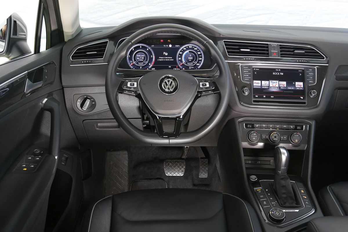 Volkswagen Tiguan 2.0 TDI 150 CV. Salpicadero