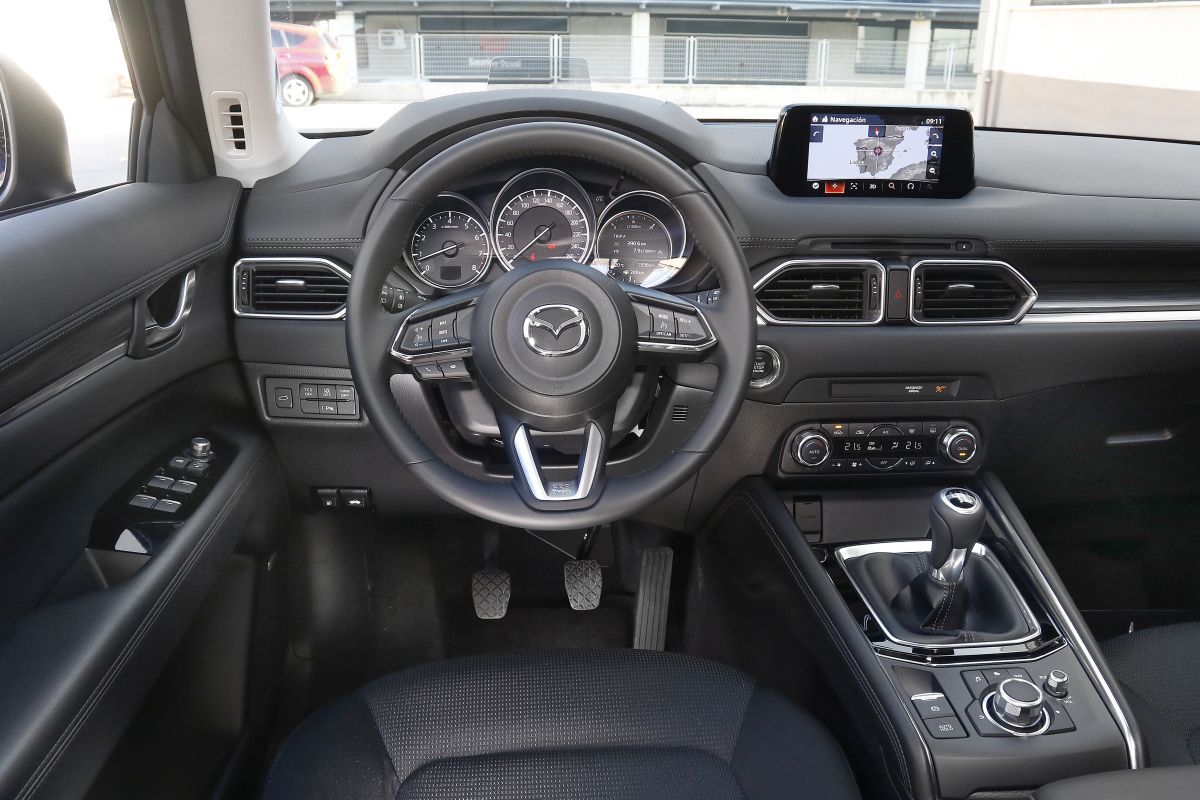 Mazda CX-5 Skyactiv-G 2.0. Salpicadero