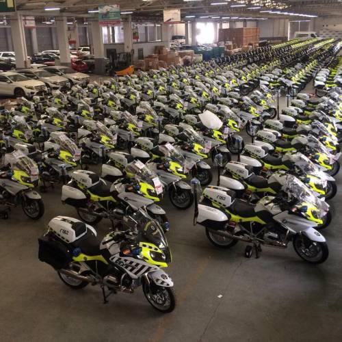 La Guardia Civil ya tiene las 300 nuevas motos con radares portátiles