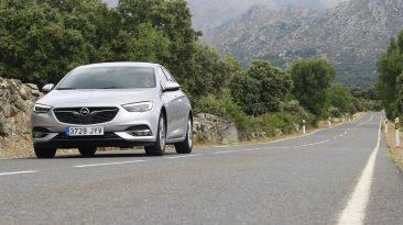 Opel Insignia Grand Sport 1.6 CDTi 136 CV. Frontal