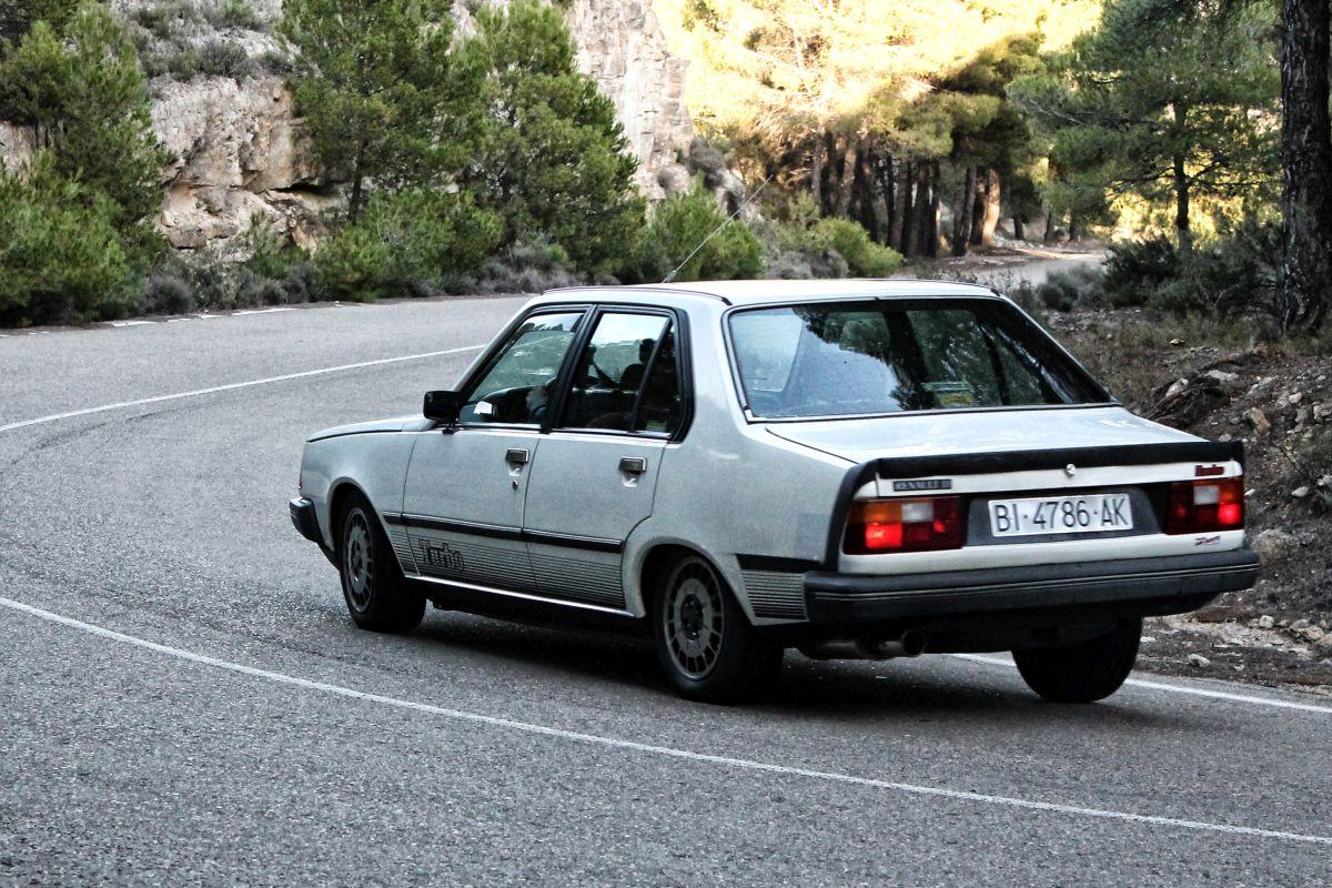 Renault 18 Turbo. Trasera