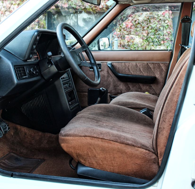 Renault 18 Turbo. Asientos delanteros