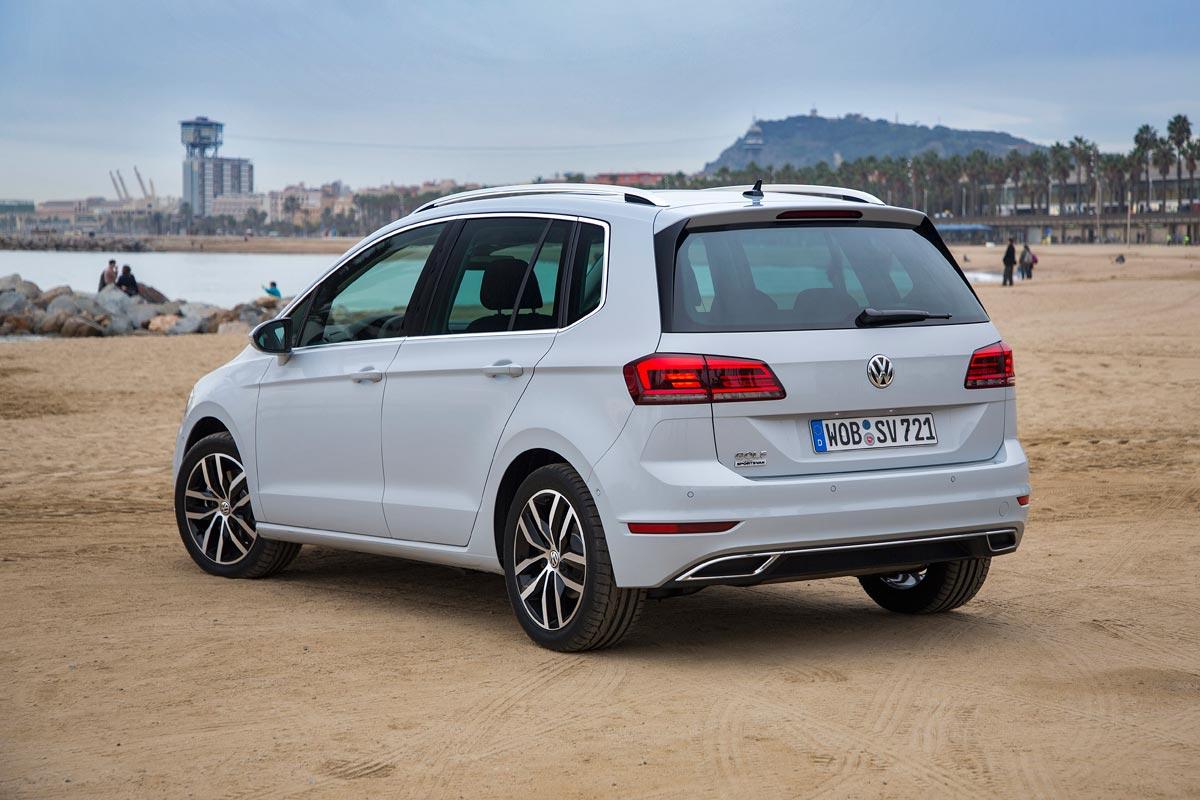 Volkswagen Golf Sportsvan 2018 trasera estatica