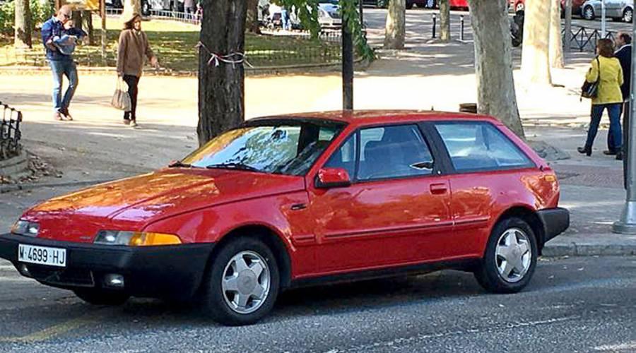 A subasta un coche del Rey Felipe VI