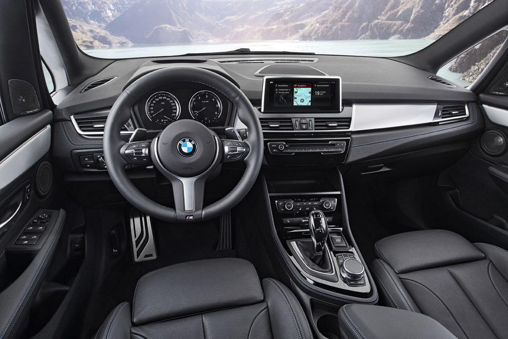 BMW Serie 2 Gran Tourer 2018, espacio interior premium