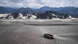 El Dakar 2018, en fotos: Sainz salva la etapa tras pinchar y romper la caja de cambios