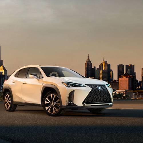 Lexus UX 2018, ya tenemos la primera imagen del SUV urbano de lujo