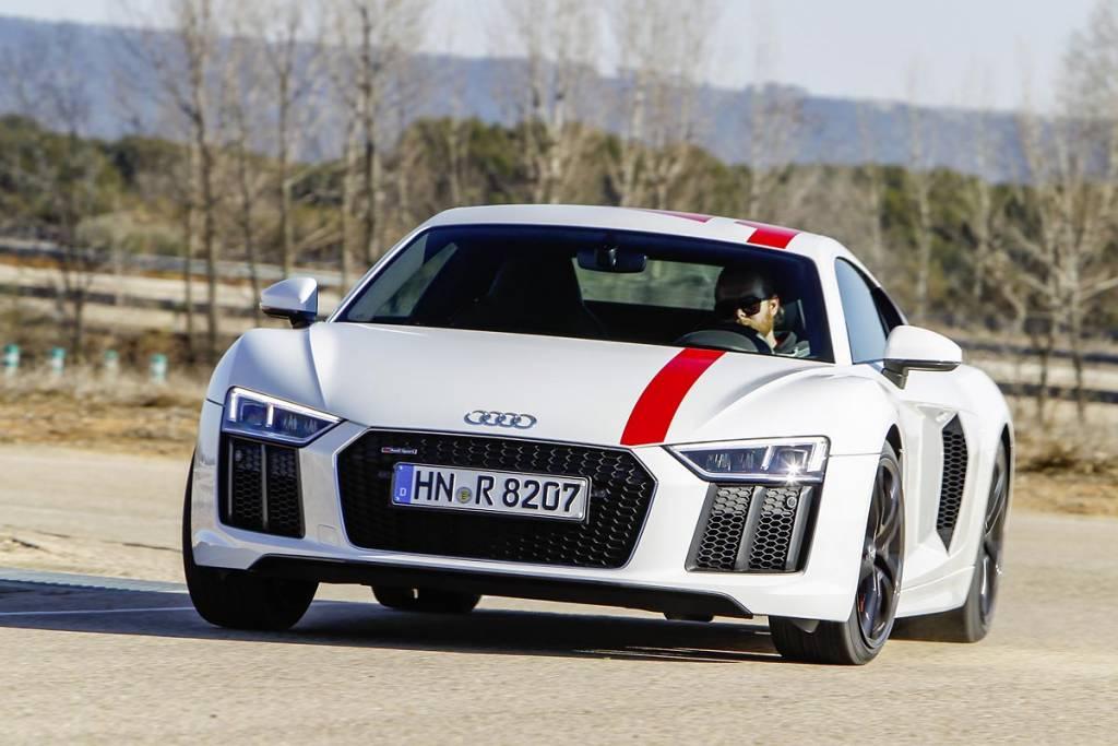 drifting con Audi R8 RWS
