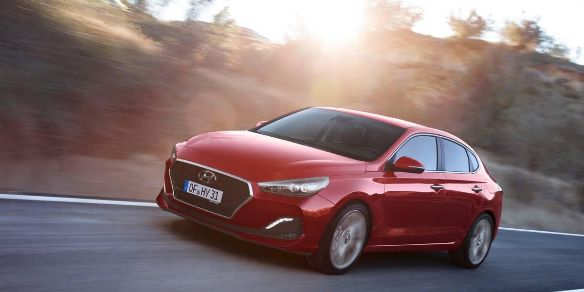 Prueba Hyundai i30 Fastback: berlina y cupé desde 16.000 euros