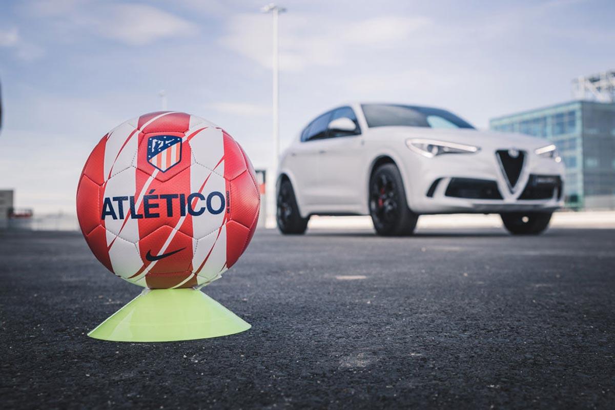 Alfa Romeo entrega sus coches a la plantilla del Atlético de Madrid