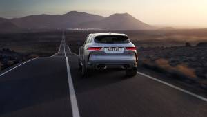 Jaguar F-PACE SVR, el SUV se radicaliza con un motor V8 de 550 CV (fotos)