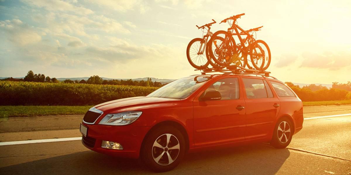 5 formas correctas de llevar la bicicleta en el coche