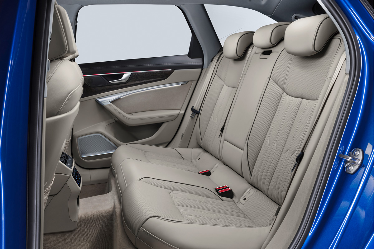 Audi A6 Avant 2018, asientos traseros
