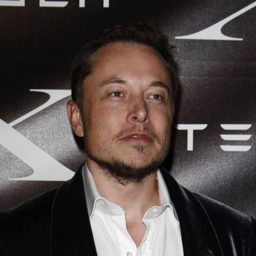 Elon Musk bromea sobre la bancarrota de Tesla… y lo hace en el peor momento
