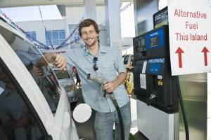 Pueden repostar en cualquier gasolinera del país