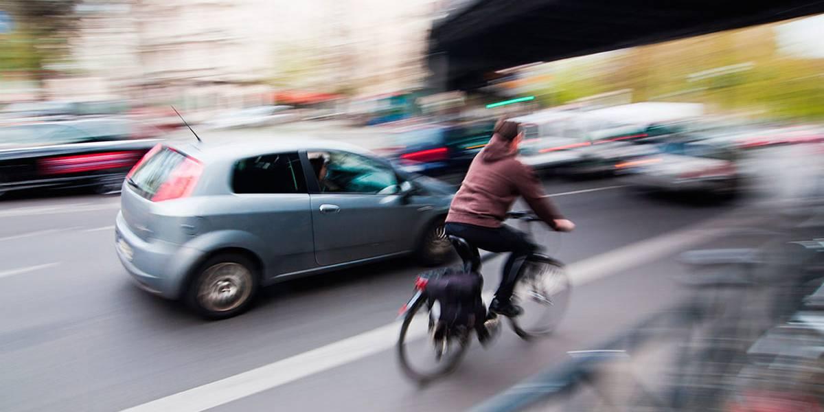 Ciclistas y conductores: consejos para una circulación sin accidentes