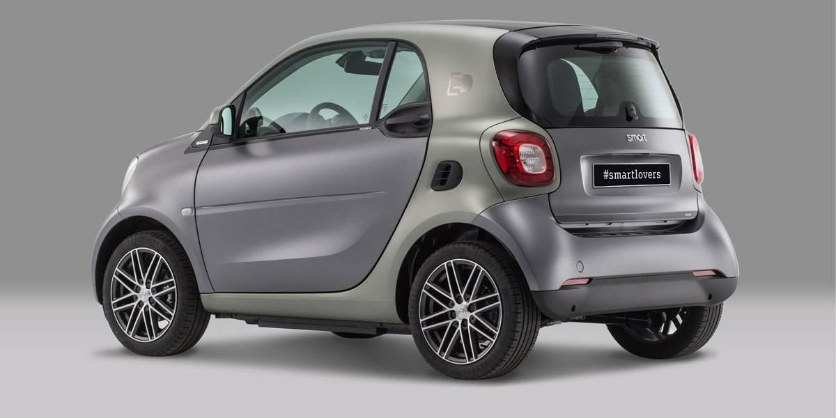 Llega el Smart Fortwo Pull&Bear: un coche eléctrico, exclusivo y ecológico