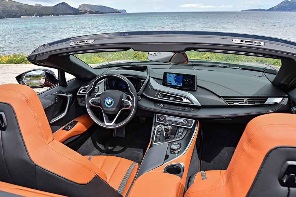 prueba BMW i8 Roadster interior