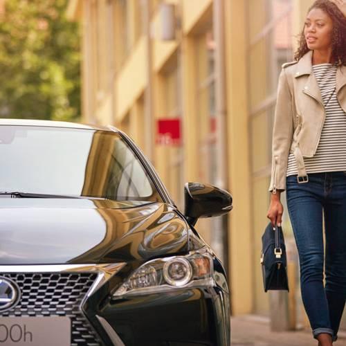 Lexus CT 200h Black & Grey Edition, ahora con extra de atractivo