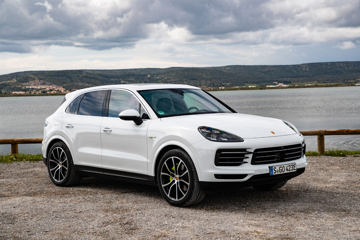primera prueba porsche cayenne e hybrid 2018. Black Bedroom Furniture Sets. Home Design Ideas