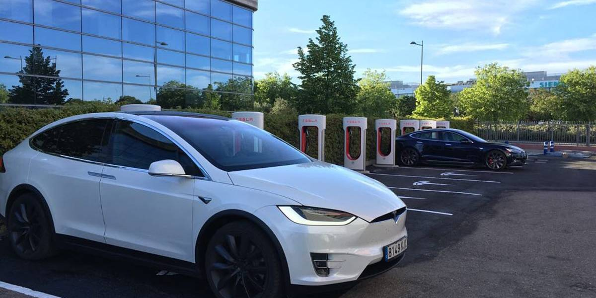 Tesla amplía su red de supercargadores con un nuevo punto en Getafe