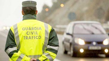 Infracciones de tráfico, agentes de tráfico